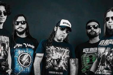 """20 años de """"Alto Voltaje"""" puro metal chileno"""