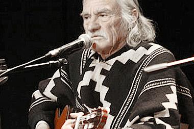 QUELENTARO y sus 58 años artisticos