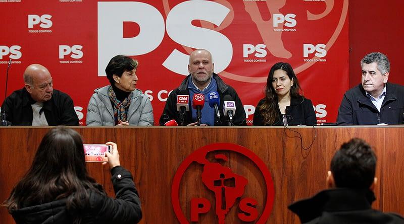Bases demandan renuncia inmediata de Elizalde